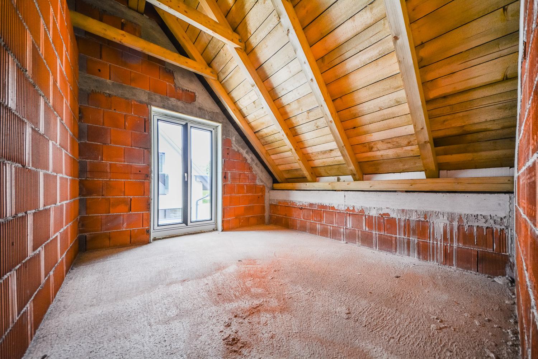 Novogradnja Tri samostojne hiše na Škofljici 12