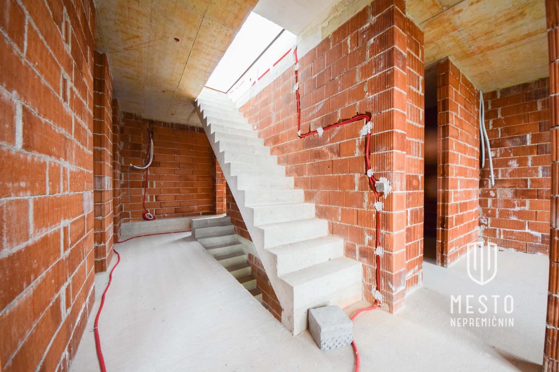 Novogradnja Hiša dvojček, Rudnik 12