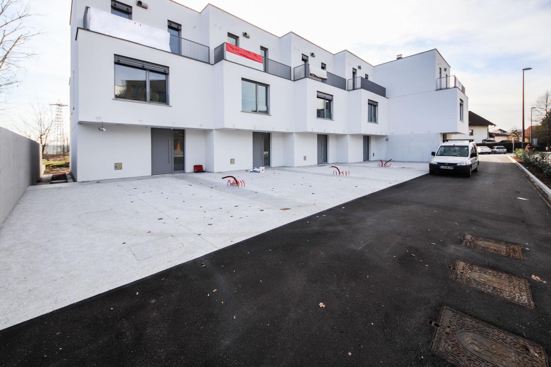 Novogradnja Nadstandardne vrstne hiše 2