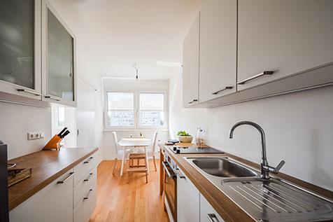 Iz starega, v novo in svetlo - popolna prenova stanovanja po prenovi