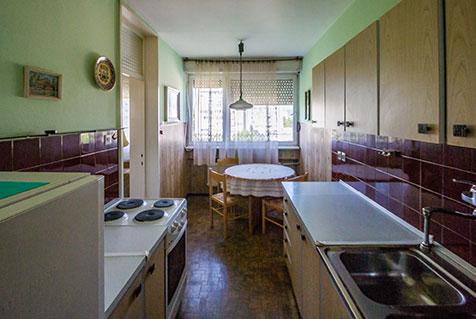 Iz starega, v novo in svetlo - popolna prenova stanovanja pred prenovo