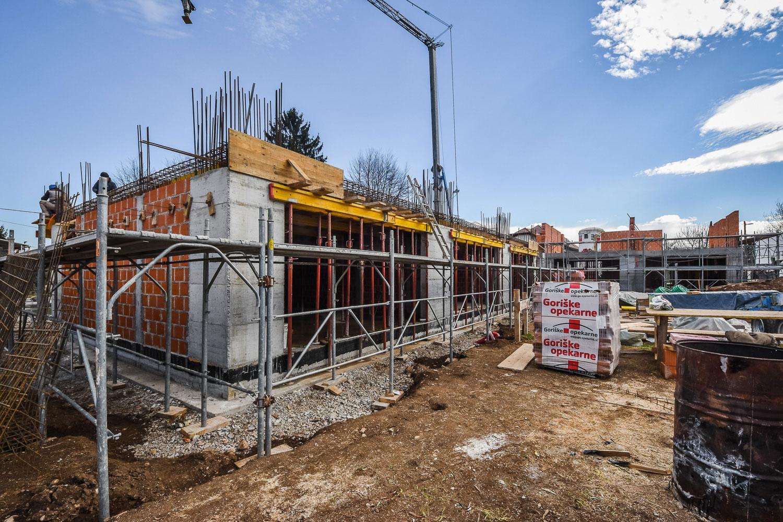 Novogradnja Družinske hiše Vižmarje 8