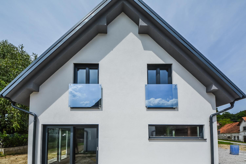 Novogradnja Tri samostojne hiše na Škofljici 8