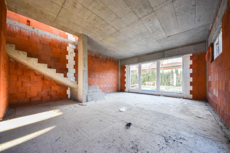 Novogradnja Dvojček v neposredni bližini centra Domžal 6
