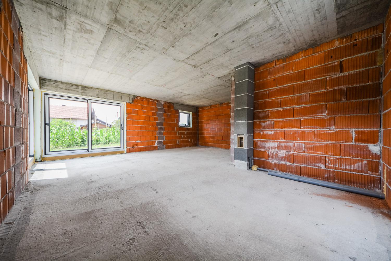 Novogradnja Tri samostojne hiše na Škofljici 4