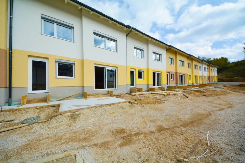 Novogradnja Naselje vrstnih hiš Škofljica 5